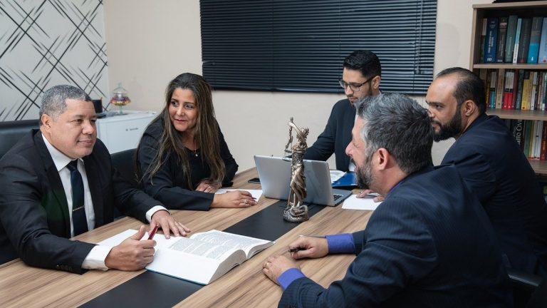 Quel est le rôle d'un avocat du droit numérique ?